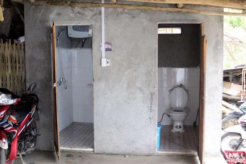 Banheiro da casa de família.