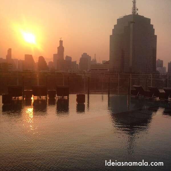 Piscina do Hilton Bangkok