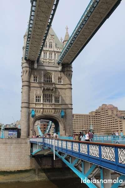 London Tower Brigde III