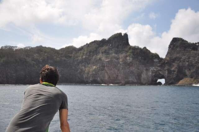 Passeio de barco em Noronha