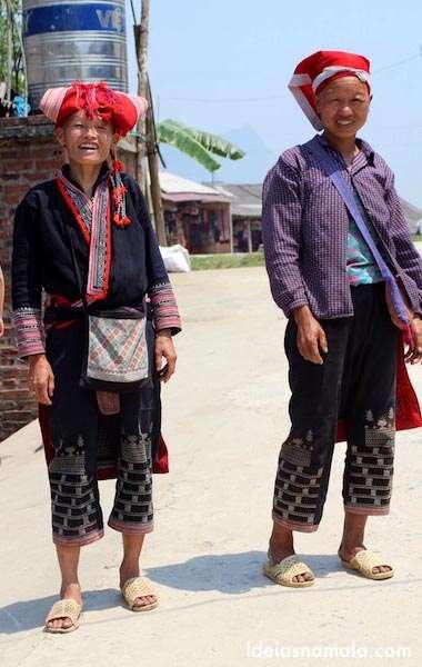 Mulheres da tribo Red Dzao