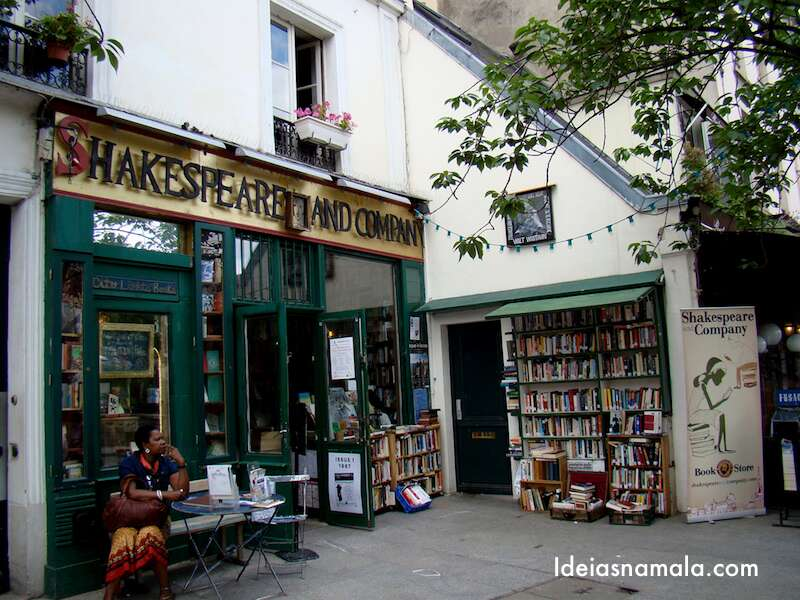 Shakespeare and Co - Paris