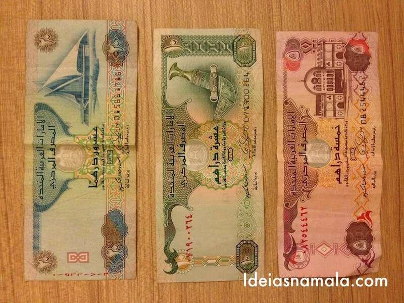 Dirhans -Dinheiro dos Emirados Árabes