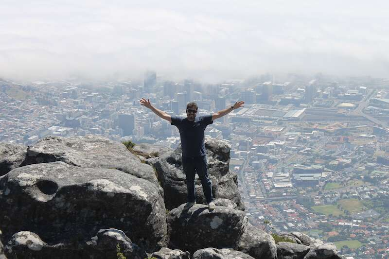 No alto da Table Mountain em Cape Town