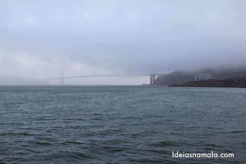 Quando vi a ponte desse jeito, achei que não ia dar pra ver nada. UFA! Que bom que era só uma camada de nuvem.