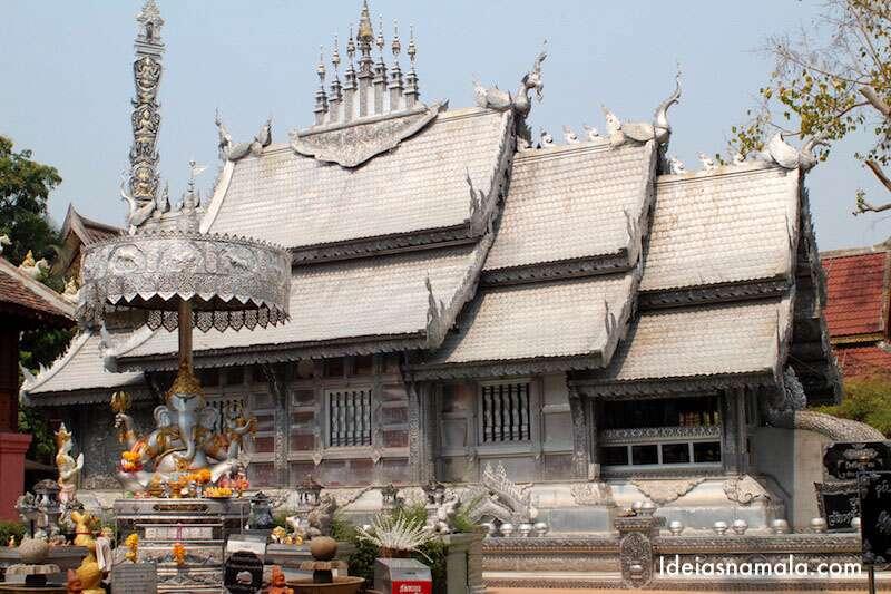 Wat Sri Suphan o templo de prata de Chian Mai