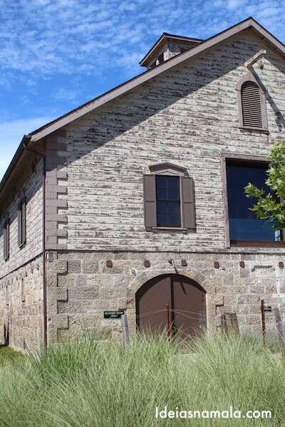 Antigo prédio da Vinícola Hall