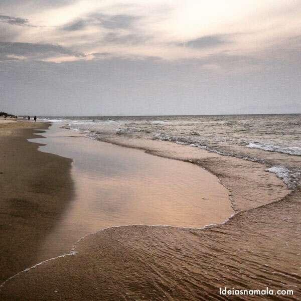 Praia em Hoi An