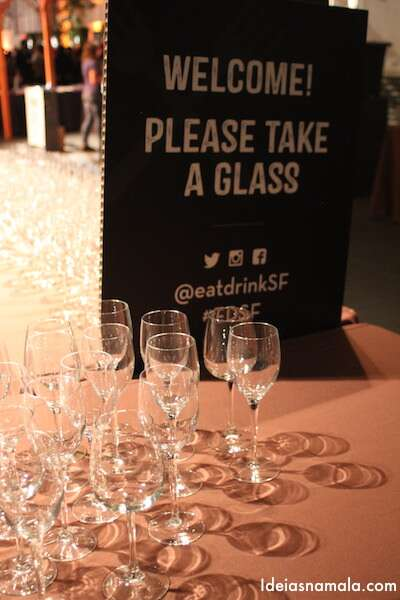 Copos de vinho - Eat Drink SF