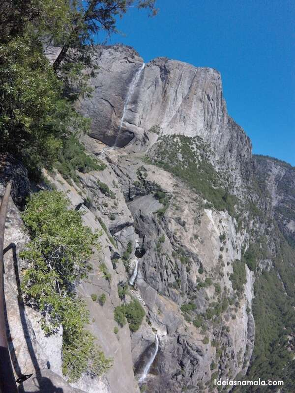 Mirante Upper & Lower Yosemite Falls