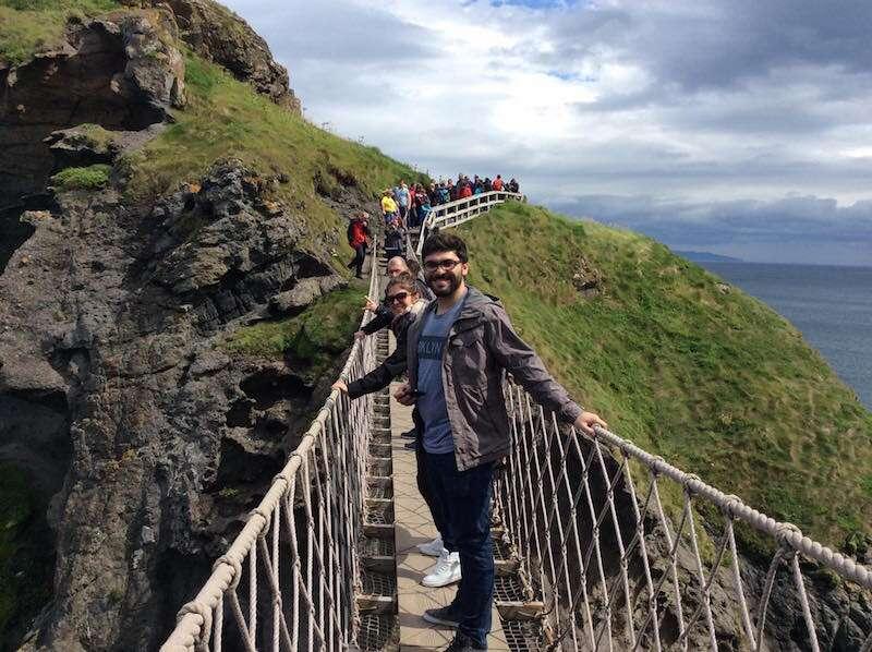 Atravessando a RopeBridge - Irlanda
