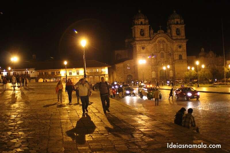 Catedral de Cusco iluminada
