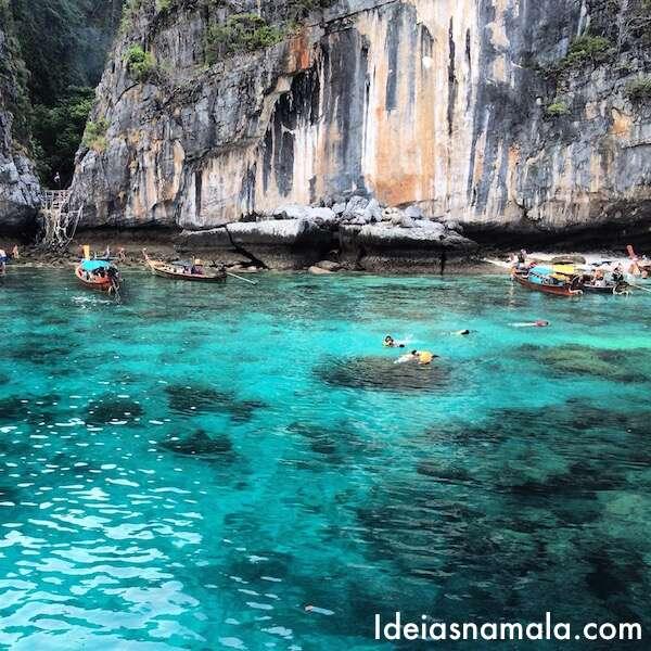 Cor do mar em Koh Phi Leh