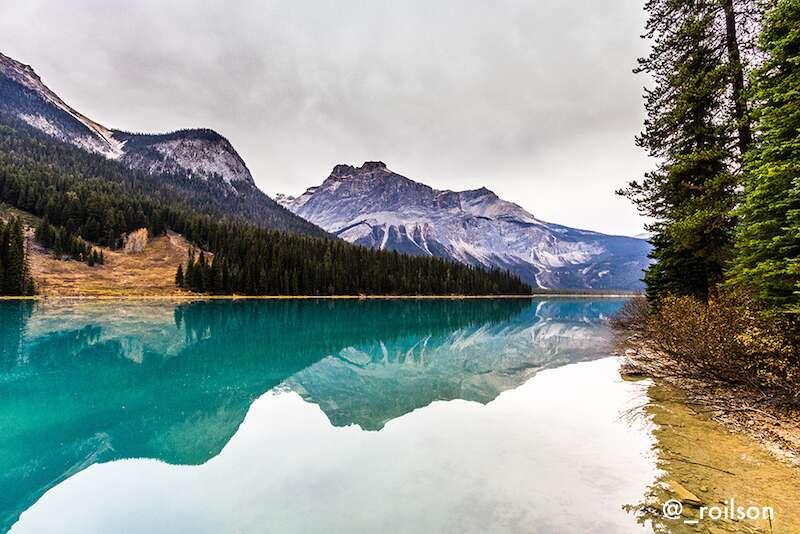 Lake Emerald - Montanhas Rochosas