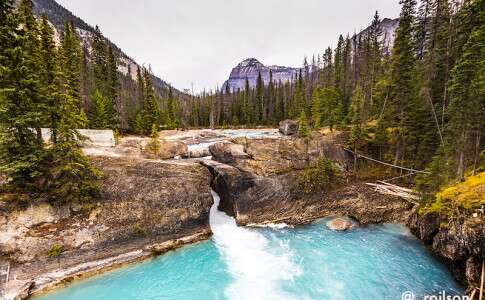 Natural bridge - Rocky Mountains