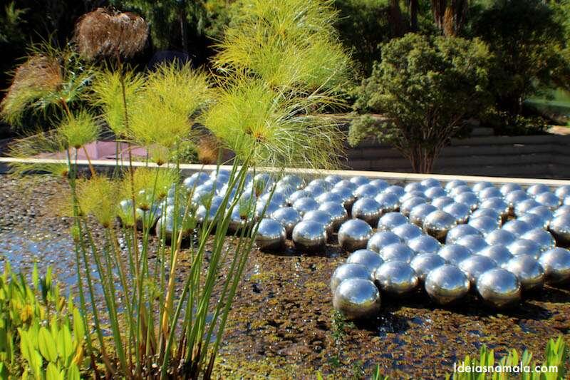 Yayoi Kunama - Narcissus Garden no Inhotim