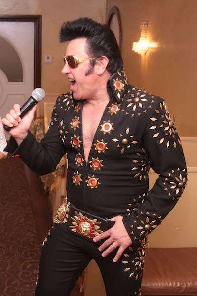 Elvis da Graceland Chapel - LAs Vegas