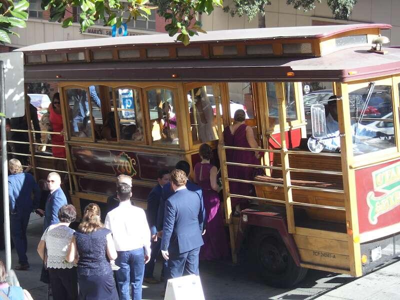 Noiva no Cable Car - San Francisco