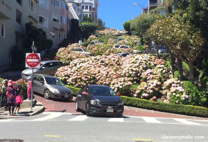 Lombard Street: um dos cartões postais de San Francisco
