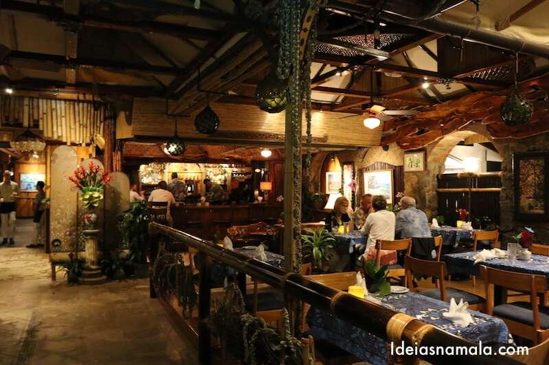 Mama's Fish House - Maui