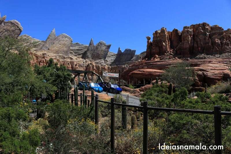 Cars Land no California Disney Adventure Park
