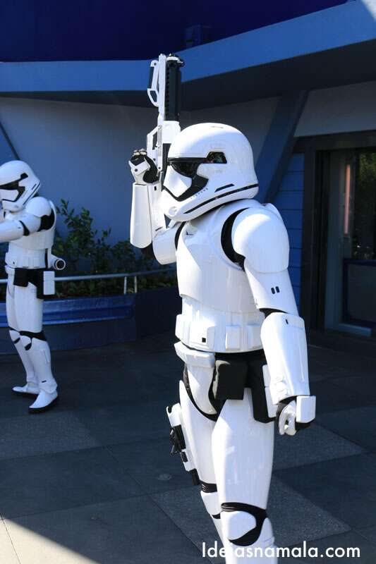 Personagem do Starwars na Disneyland da Califórnia