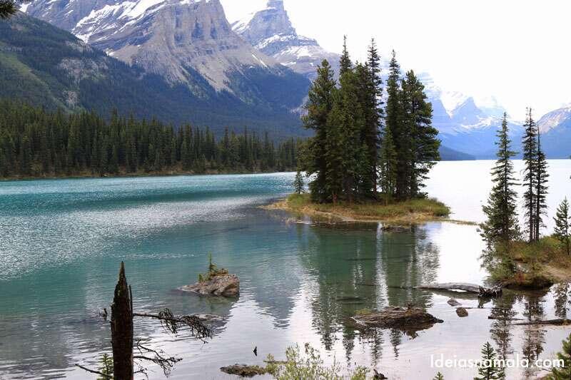 Maligne Lake em viagem pelo Canadá