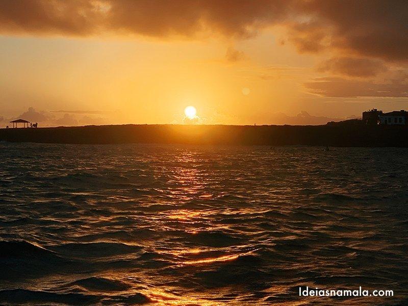 Canoa havaiana Noronha