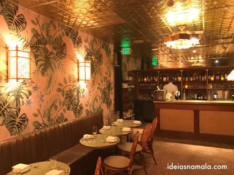Leos Oyster Bar