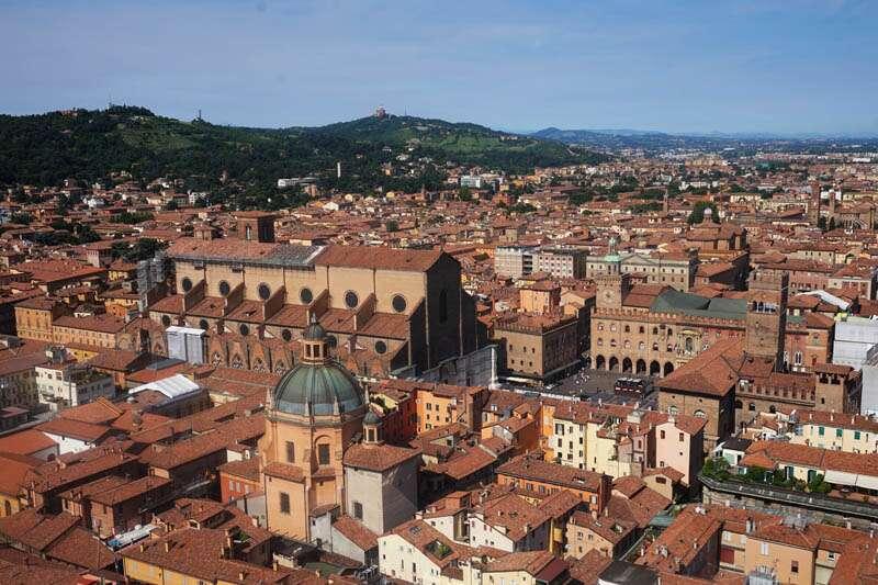 Bolonha-Piazza-Maggiore