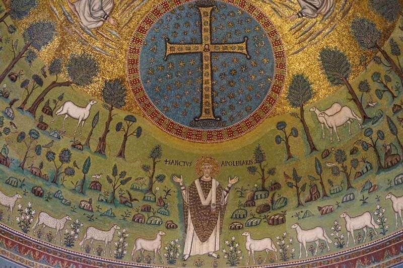 Mosaicos na Basílica de Santo Apolinário em Classe