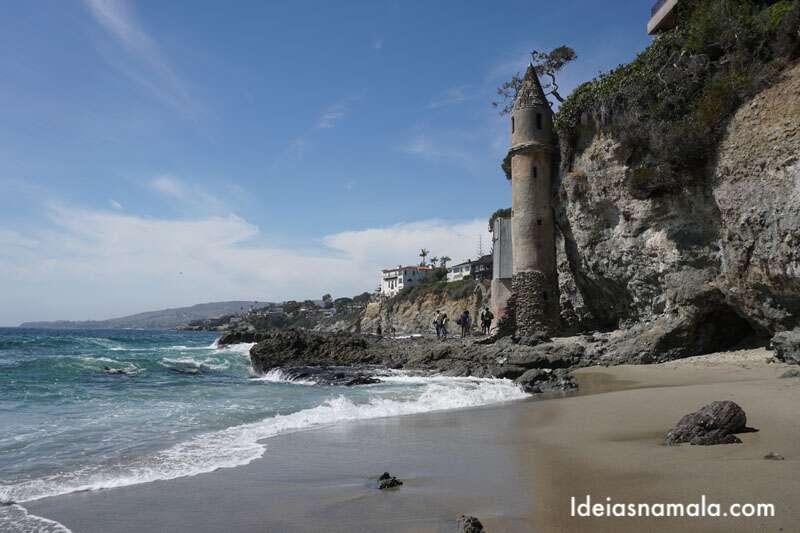 Laguna Beach uma das praias mais bonitas do Sul da Califórnia. Aluguel de carro é indispensável para explorar essa região