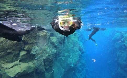 Mergulho nas placas tectônicas de Silfra