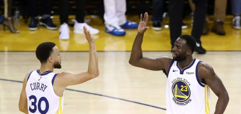 Jogo de basquete Golden State Warriors