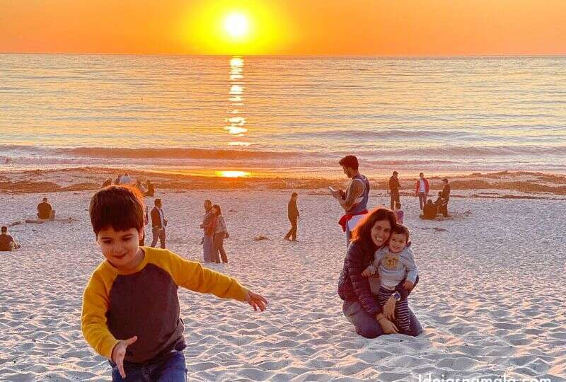 Carmel com crianças