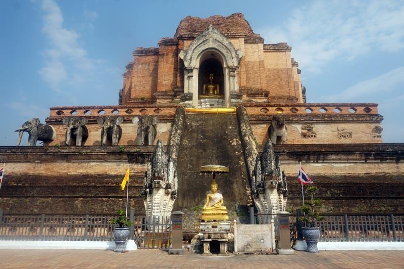 Wat Chedi Luang em que fazer em Chiang Mai