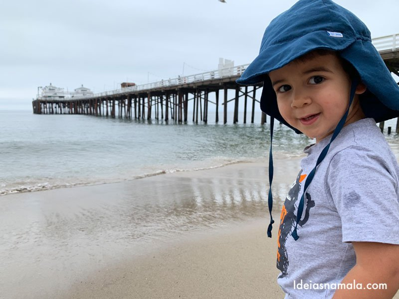 Píer de Malibu visto da praia