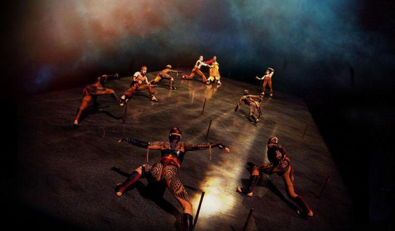 Acrobácias incríveis no show Kà do Cirque du Soleil em Vegas