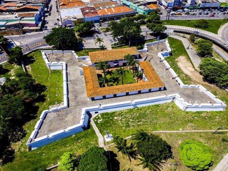vista aérea do Forte de Cinco Pontas em Recife