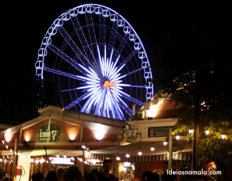 Roda Gigante Iluminada do Asiatique