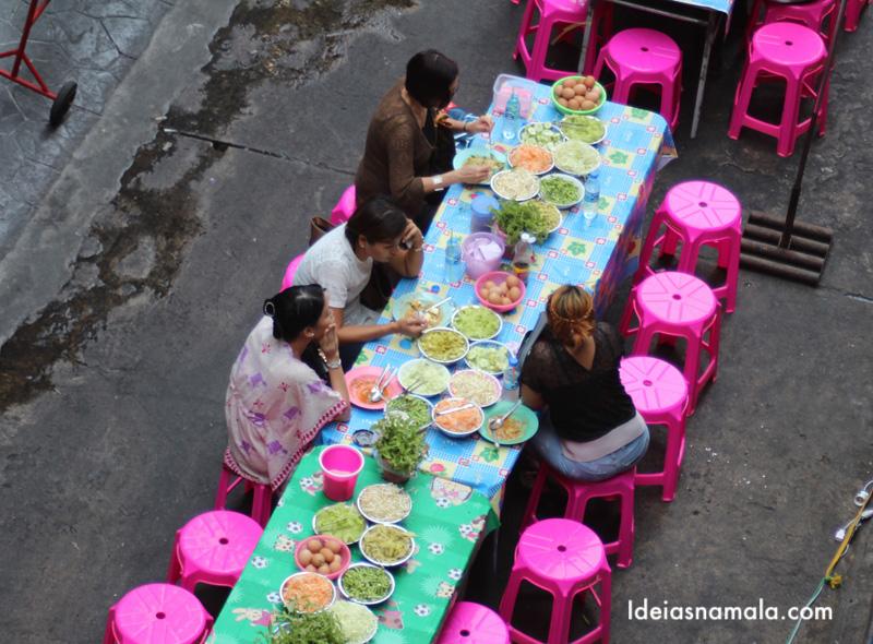 Comida de rua em Bangkok