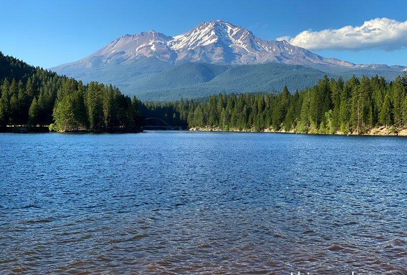 Mt. Shasta, a montanha mais incrível da Califórnia