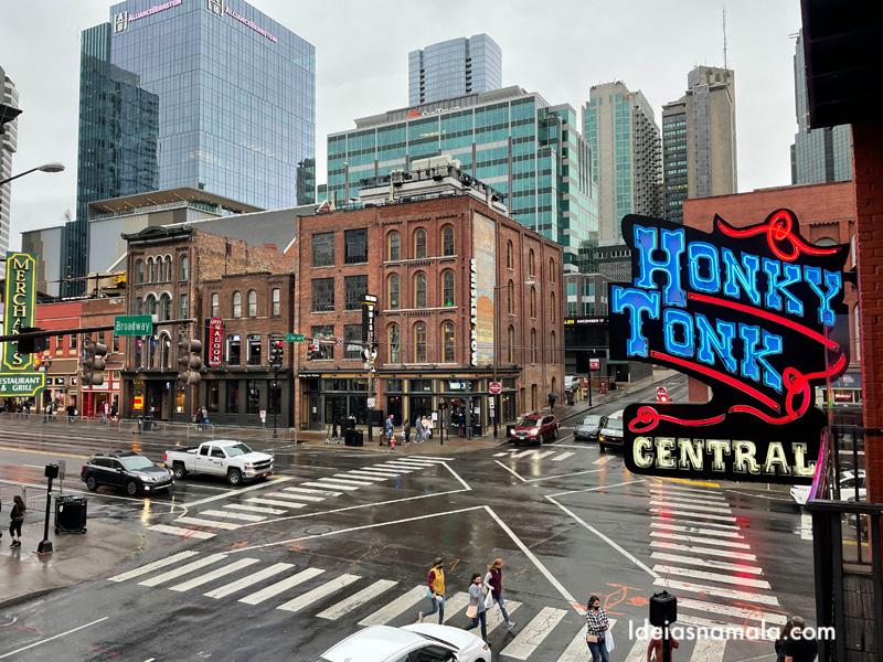 Broadway a rua mais animada de Nashville