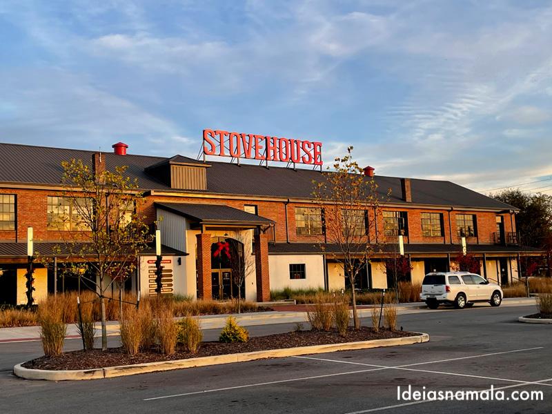 Fachada do Stovehouse em Huntsville