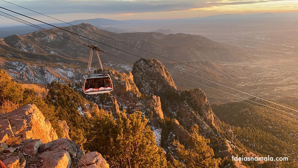 Pôr do sol no Sandia Peak em Albuquerque