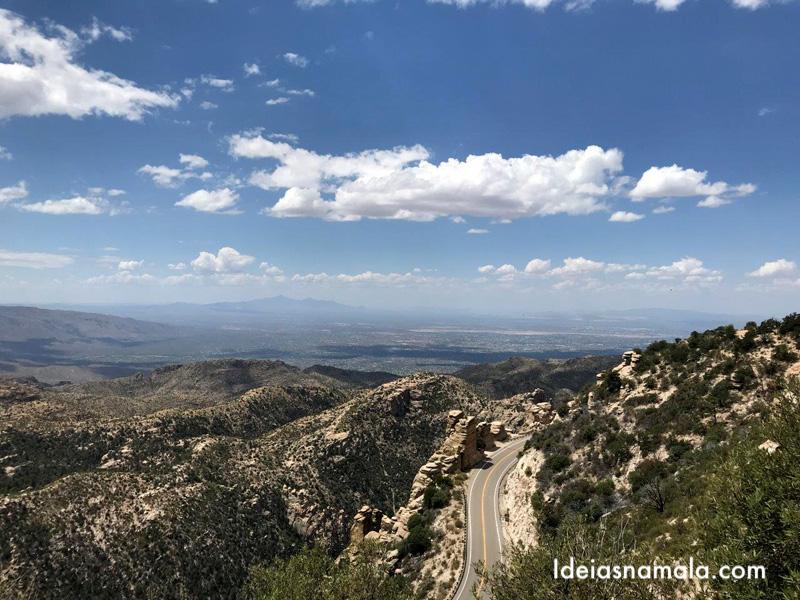 Estrada para o Mt. Lemmon em Tucson no Arizona