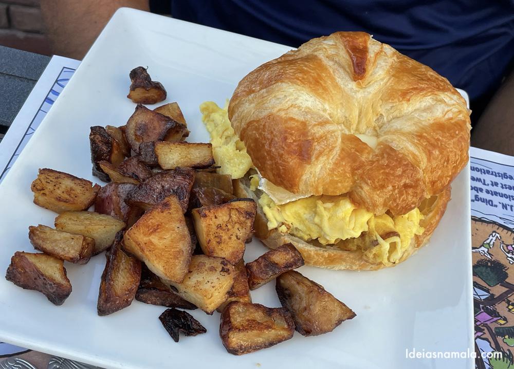 Café da manhã delicioso do Old Captiva House