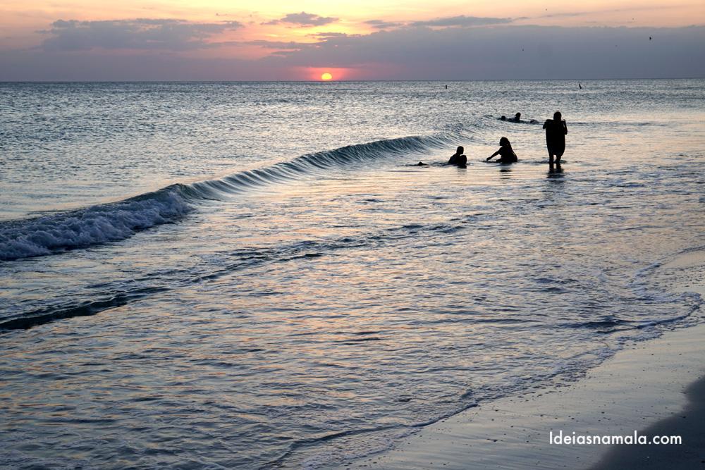 Por do sol na Manatee Beach