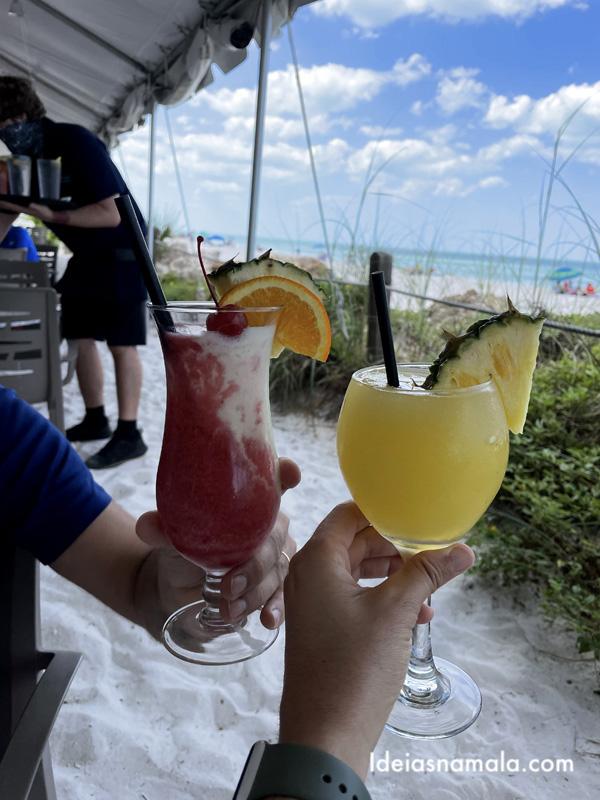 Drinks na Beach House em Anna Maria